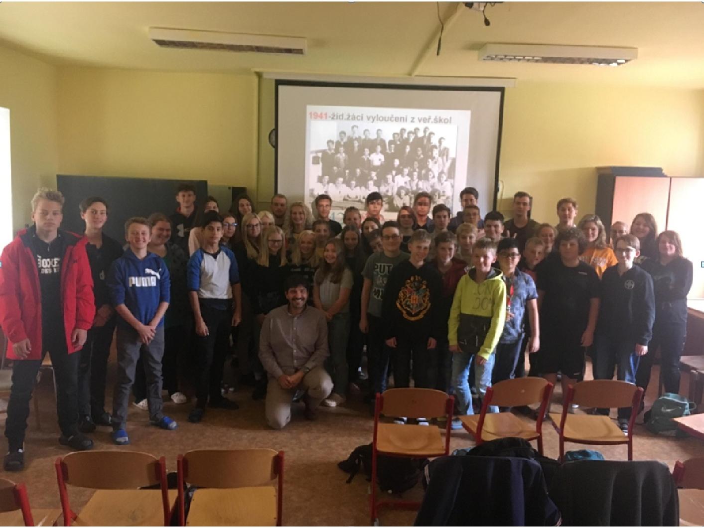 Svobodná chebská škola si připomněla 80. výročí vzniku 2. světové války